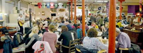 Emmaus Big Lunch picture